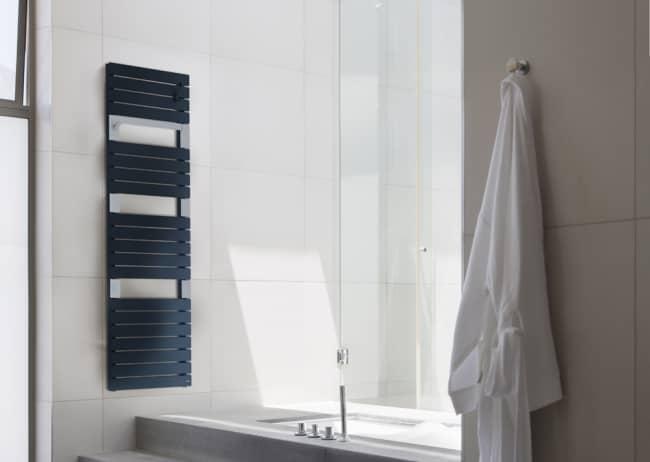 Radiateur sèche-serviettes eau chaude Asama anthracite