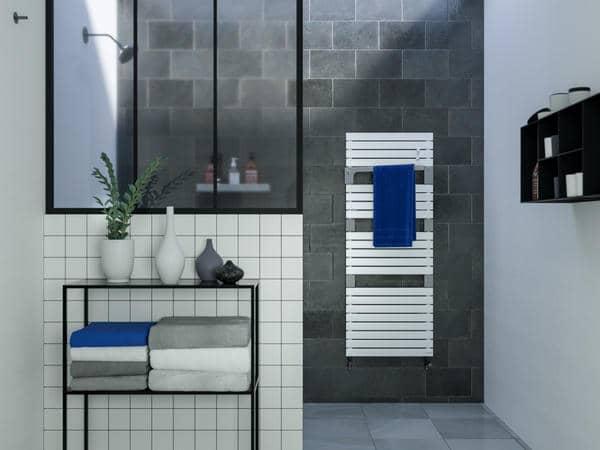 radiateur s che serviette eau chaude et lectrique. Black Bedroom Furniture Sets. Home Design Ideas