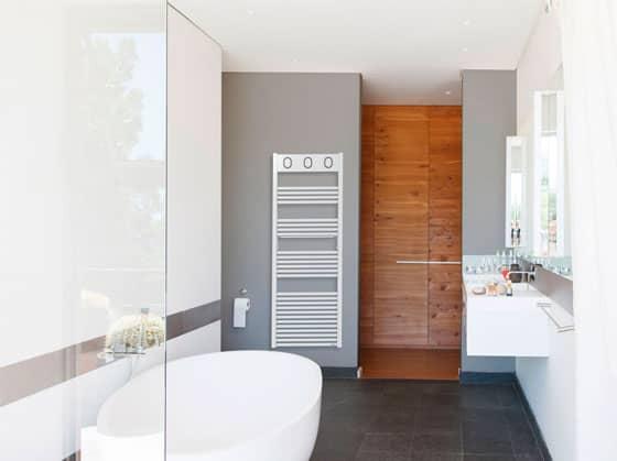 Radiateur sèche-serviettes électrique et eau chaude Marapi